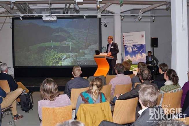 Neuigkeiten_Faktencheck_Windenergie_Landschaftsbild.jpg